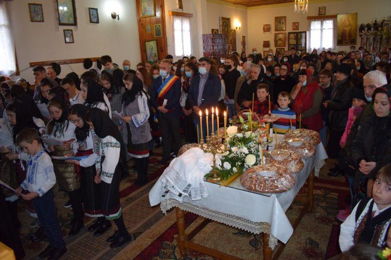 Preoți amendați după slujba de la Tudora