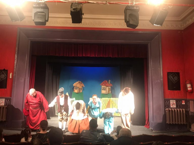 "Teatrul ""Vasilache"" revedere cu spectatorii (video)"