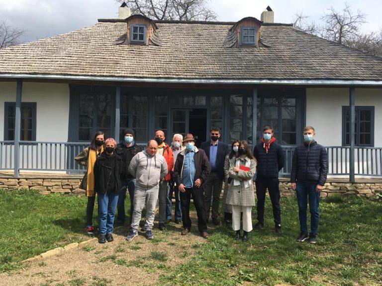 Încă un atelier încheiat cu succes pentru reconstruirea Primei Școli de Stat din Moldova