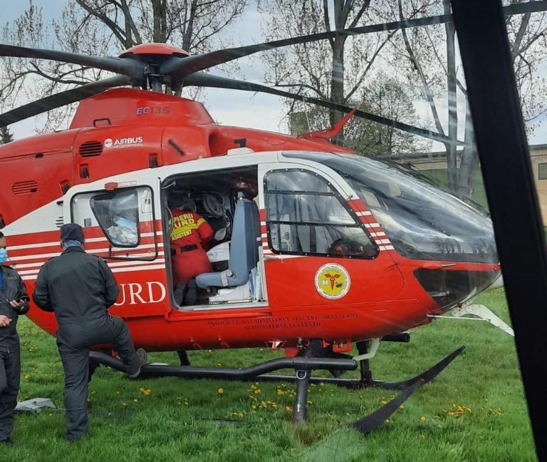 Bărbat preluat în stare gravă de elicopterul SMURD
