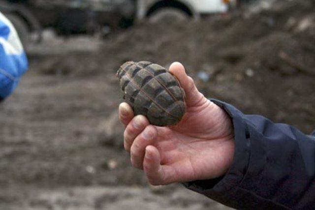 Grenade descoperite în sediul unui fost CAP din judeţ