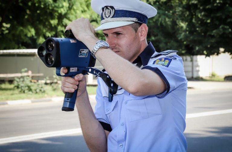 Vitezoman prins băut la volan. Polițiștii i-au reținut permisul de conducere