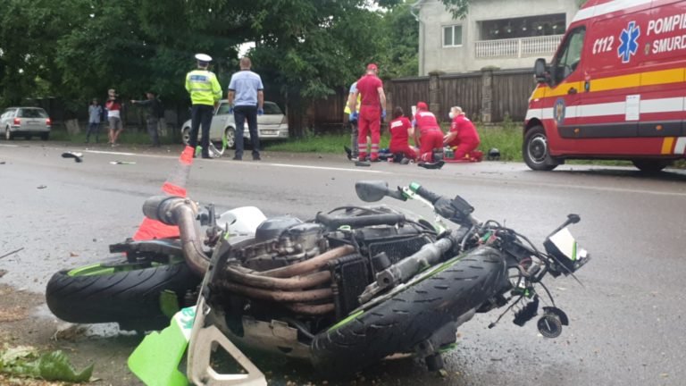 Accident cumplit la Orășeni. Un motociclist a murit după un impact cu o mașină
