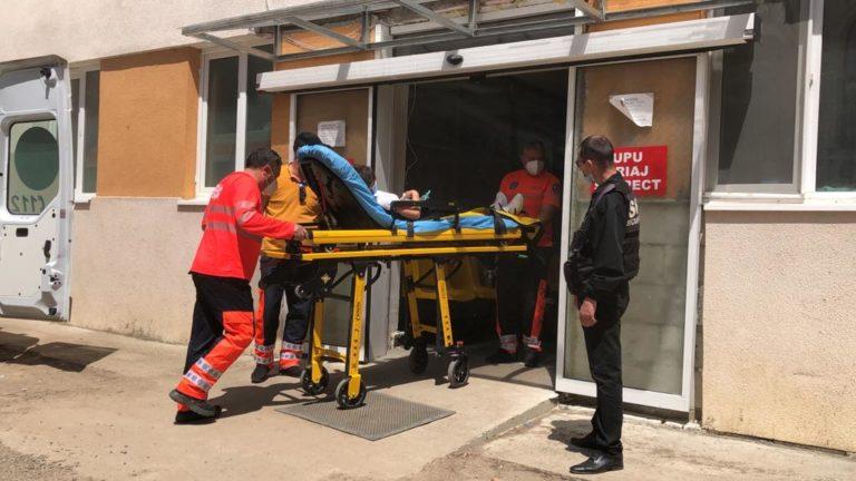 Tânăra ajunsă la spital după vaccinare a fost externată la scurt timp (video)