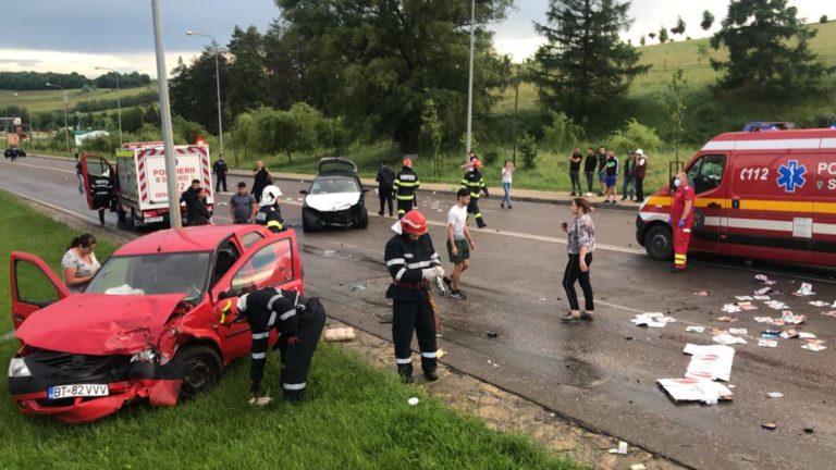 Carambol cu cinci maşini şi nouă victime (video)