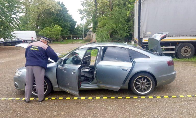 Maşină furată din Marea Britanie, găsită la Botoşani