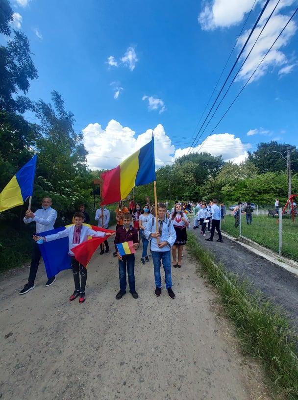 Eroi comemorați la școlile Rădăuți-Prut, Miorcani, Viișoara și Păltiniș