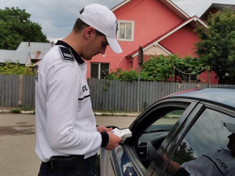 Șoferi penali scoși din trafic. Patru dintre ei erau băuți
