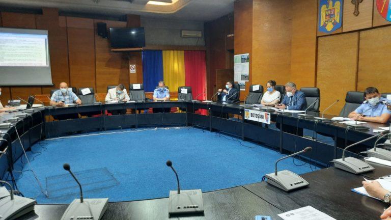 Șefi noi la ARR și ANRSC Botoșani, prezentați în ședința Colegiului Prefectural