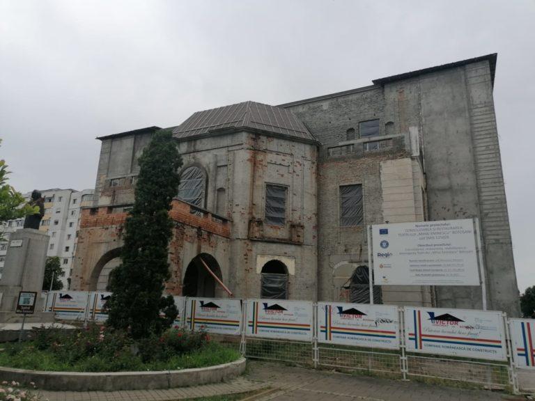 O nouă licitaţie pentru reabilitarea Teatrului Eminescu