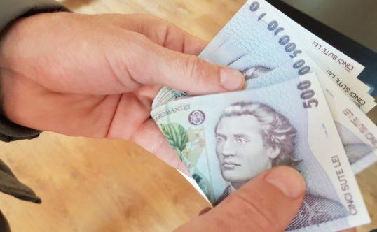 Mii de botoșăneni au primit indemnizații de Covid