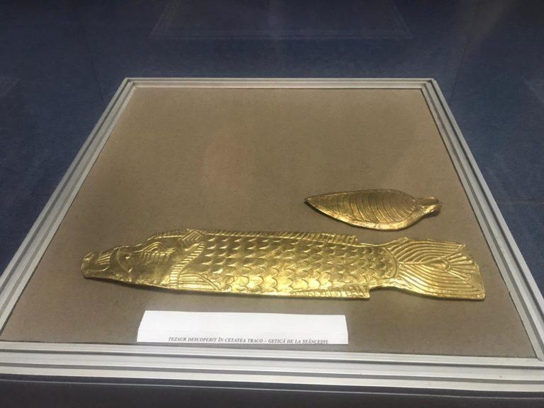 Piese de valoare din cadrul Muzeului Județean, prezentate la o expoziție organizată în Spania