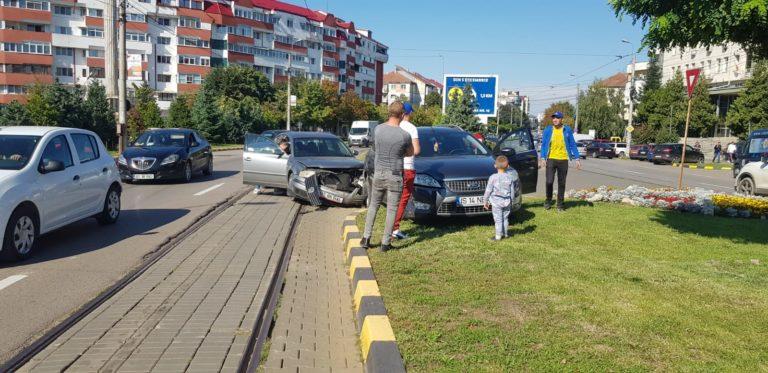 Mașini avariate din cauza neatenției