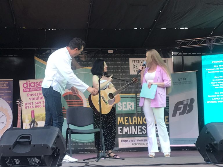 """Seri melancolice eminesciene"", la Ipotești (video)"