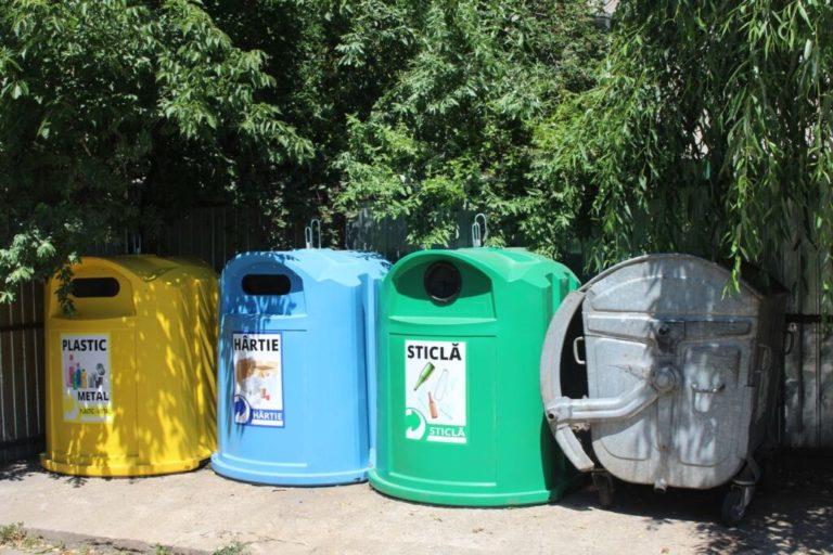 Guvernul schimbă legislația în privinţa deşeurilor. Autoritățile locale nu vor mai avea voie să colecteze gunoiul la grămadă