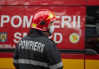 România trimite pompieri pentru a lupta cu incendiile din Grecia