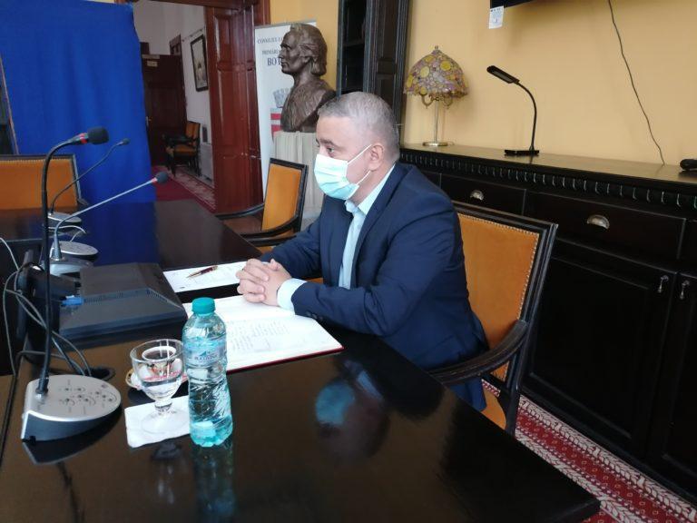 Şedinţă pentru gropile lăsate de echipele Nova Apaserv