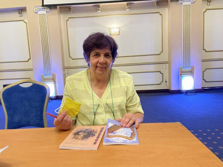 Cărţi lansate de poeta Lidia Burduja la Botoşani (video)