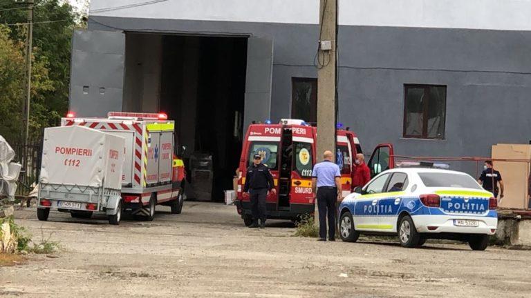 În stare critică după un accident cumplit la locul de muncă (video)