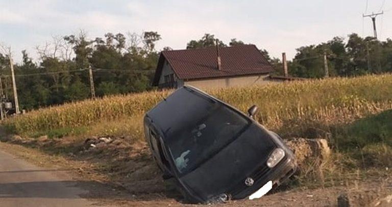 Accident la beție, cu o mașină furată. Protagonistul va fi anchetat pentru trei infracțiuni